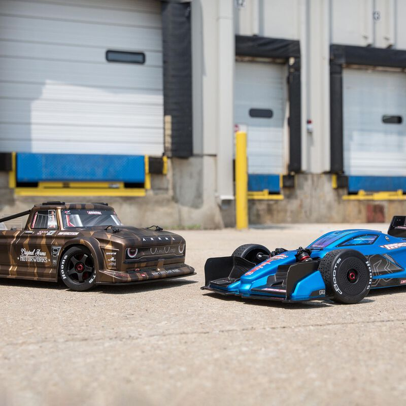 1/7 INFRACTION All-Road Street Bash 6S BLX with Spektrum RTR with AVC